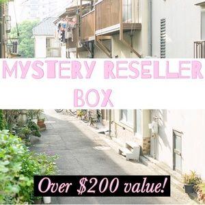 Mystery reseller box!